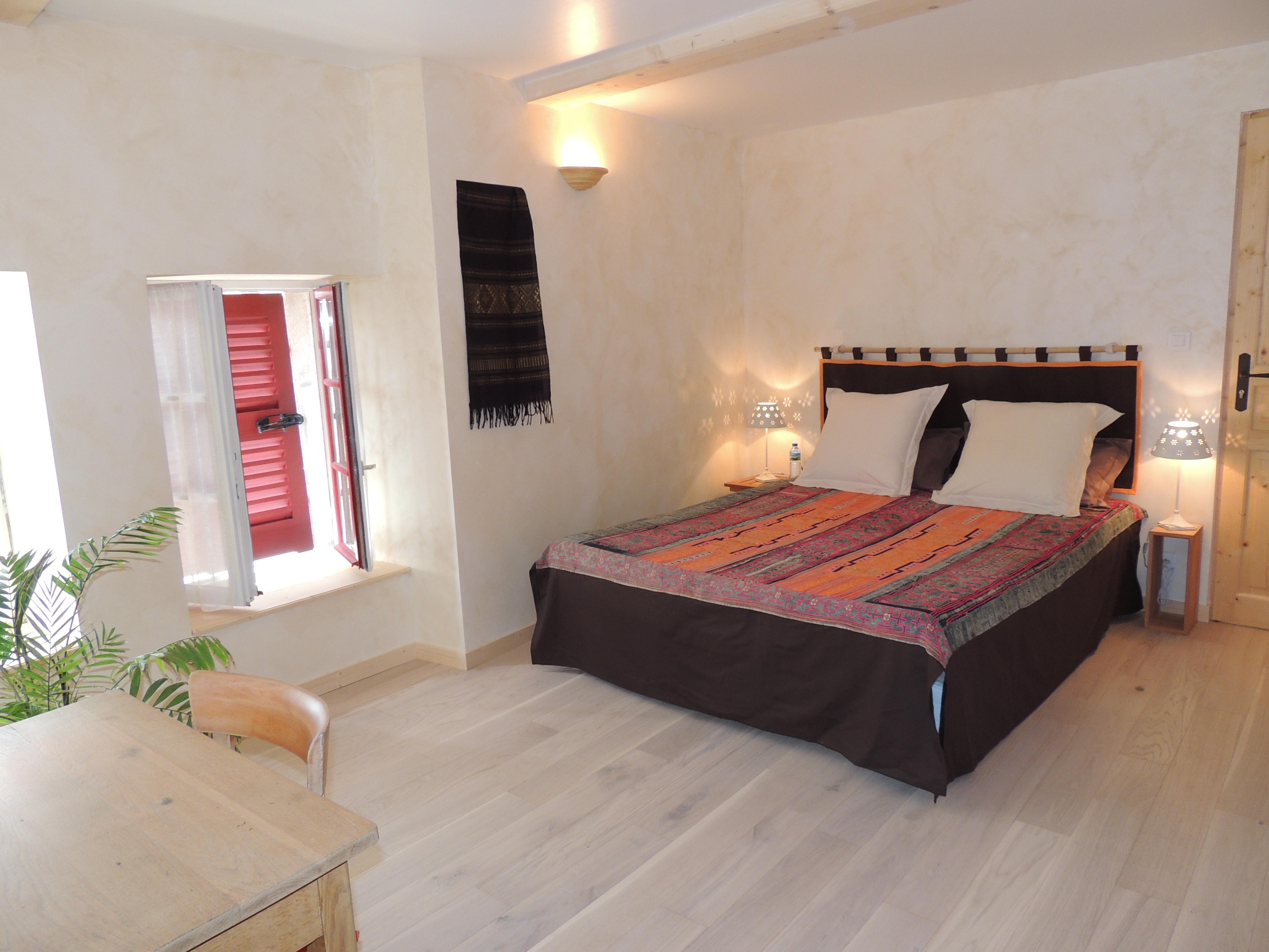 The Guest Rooms B¢tisse dorée